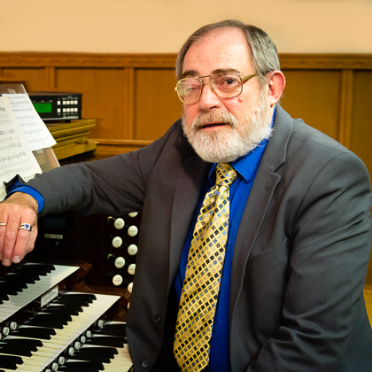 Robert Phillips : Organist